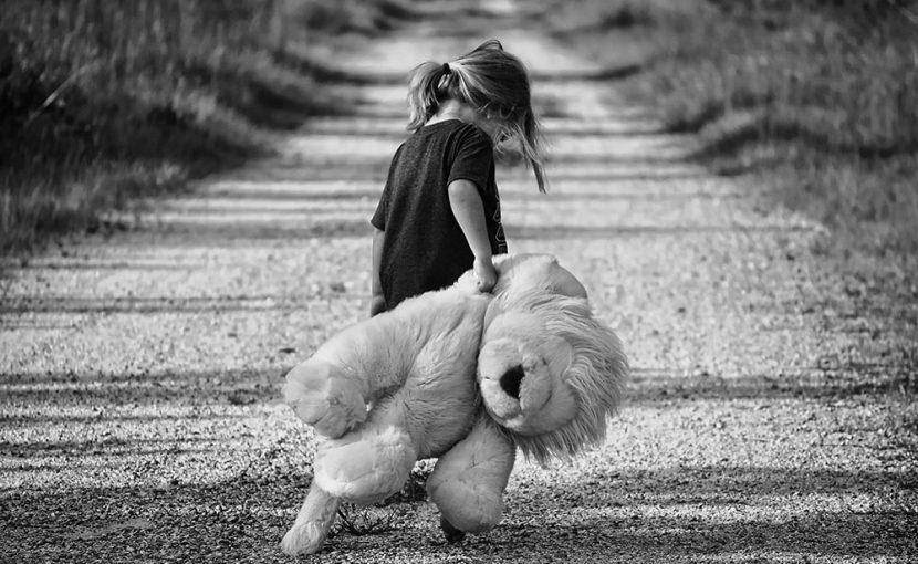 「子供への虐待による外傷」の特徴を探る